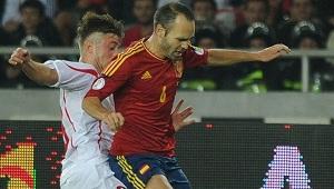 Hiszpania i Chile o 1 punkt od kwalifikacji