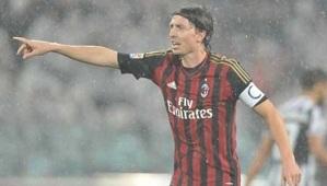 Milan wygrywa przed meczem z Barçą (1:0)