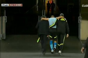 Oficjalnie: Valdés z kontuzją