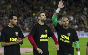 Wsparcie dla Dos Santosa