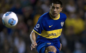 Riquelme: Barça grając bez trenera, grałaby tak samo dobrze