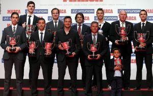 Messi i Tito Vilanova z nagrodami Marki