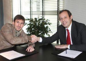 Rosell planuje zmienić kontrakt Messiego