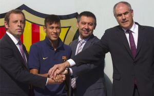 Niejasności transferu Neymara