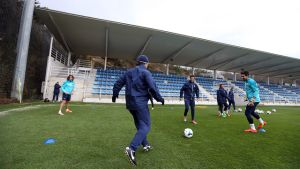 Trening dla pięciu piłkarzy