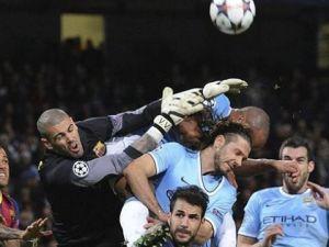 "L""Équipe: Valdés przejdzie do Manchesteru City"