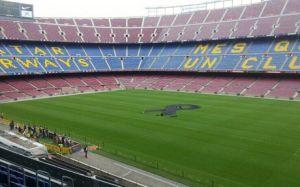 Czarna wstążka na Camp Nou