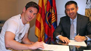 OFICJALNIE: Messi podpisał kontrakt!