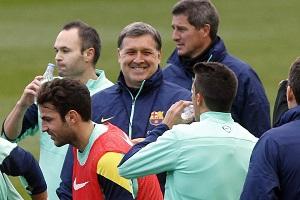 Piłkarze FC Barcelony zachowują ostrożność