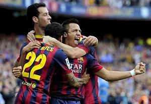 Alexis zdobywa setną bramkę Barçy