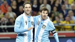 Messi: Chciałbym, żeby Higuaín przeszedł do Barçy