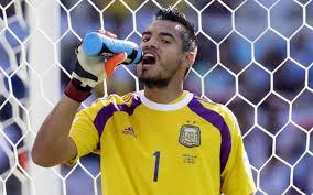 Romero: Dzięki Bogu, Karzełek potarł lampę
