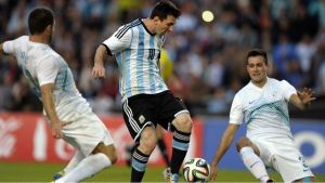 Zwycięstwa Kamerunu, Argentyny i Hiszpanii