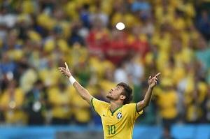 Brazylia wygrywa na inaugurację