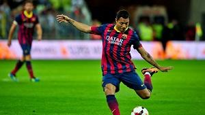 Adriano: Chcę zostać w Barçy