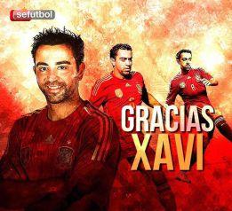Reprezentanci Hiszpanii dziękują Xaviemu