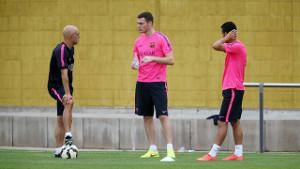 Vermaelen i Pedro trenowali na boisku