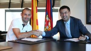 Javier Mascherano podpisał nowy kontrakt