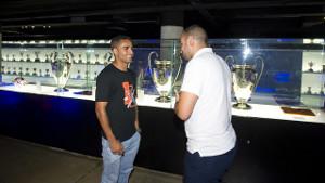 Douglas odwiedził muzeum FC Barcelony