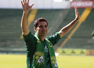 Rafa Márquez zagra w meczu o trofeum Joan Gamper