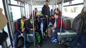 Zawodnicy podróżują do Paryża