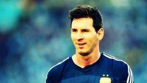 Dwa gole Messiego w pół godziny