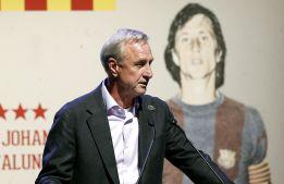 Cruyff: Jest mi smutno, widząc taką Barçę