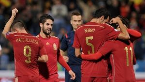 Gole Busquetsa i Pedro dla Hiszpanii