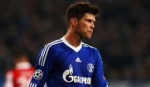 Huntelaar chciałby zagrać z Barçą
