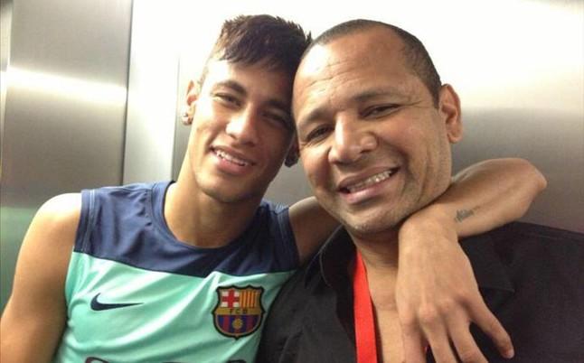 Ojciec Neymara: Mój syn przyszedł tutaj, żeby grać futbol