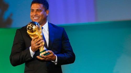 Ronaldo wraca do profesjonalnego futbolu