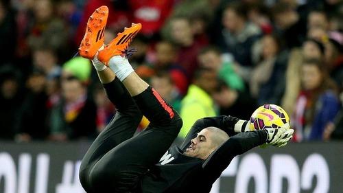 Víctor Valdés liczy dni do powrotu
