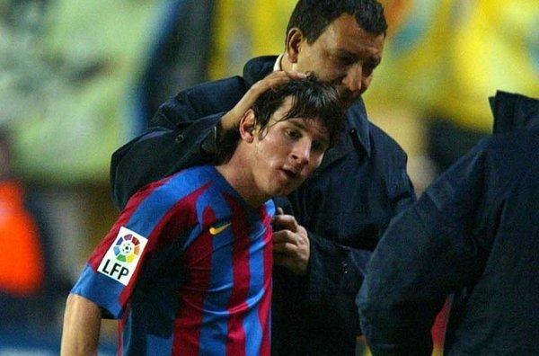 Ten Cate: Messi zostanie w Barçy, bo obiecał to Tito