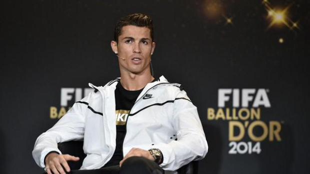 Cristiano: Chciałbym zagrać z Messim
