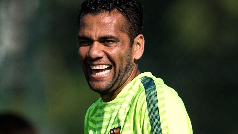 Dani Alves chce nowego kontraktu