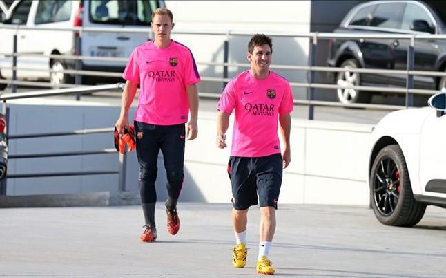 Messi: Ter Stegen kontroluje piłkę lepiej niż ja