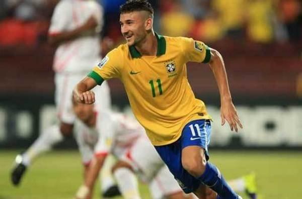 """Barça obserwuje nowego brazylijskiego """"cudownego chłopca"""""""