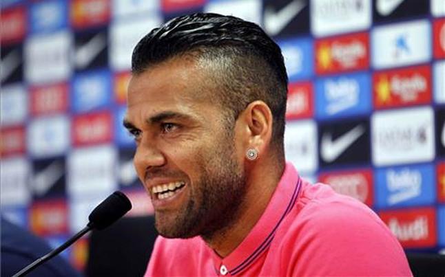 Liverpool także chce Alvesa