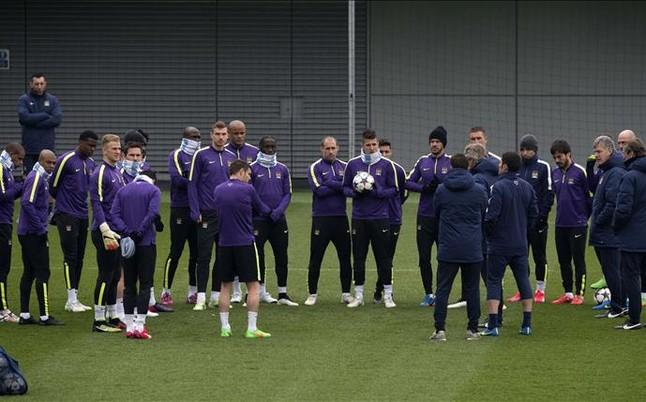 Ostatni trening Manchesteru przed pojedynkiem na Camp Nou