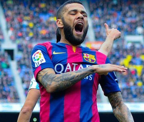 Przyszłość Alvesa w Barçy