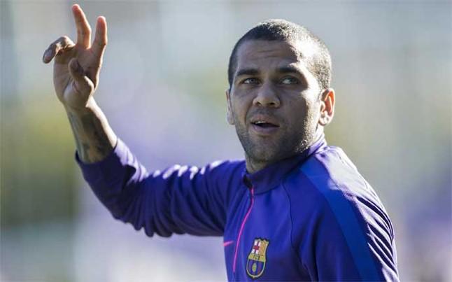 Dani Alves będzie mógł zagrać z Valencią