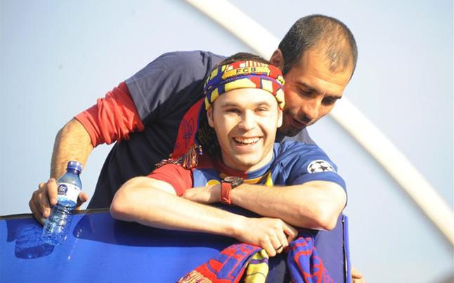 Iniesta: Jestem pewien, że Pep o mnie myśli
