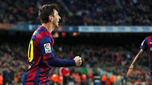 Trzy punkty więcej: FC Barcelona – UD Almería 4:0