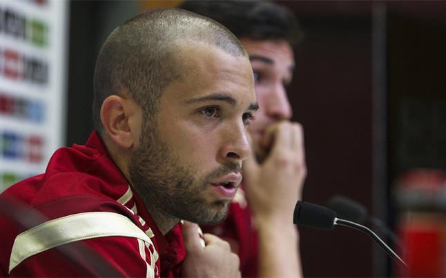 Alba: Cieszę się, że Alves przedłużył kontrakt