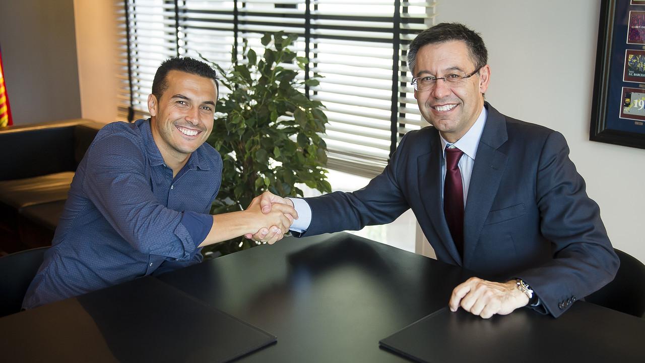 Pedro i Alba podpisali nowe kontrakty