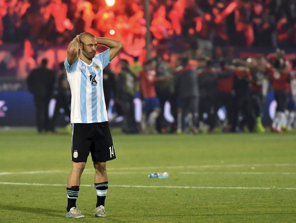 Mascherano: Cierpię, nosząc tę koszulkę