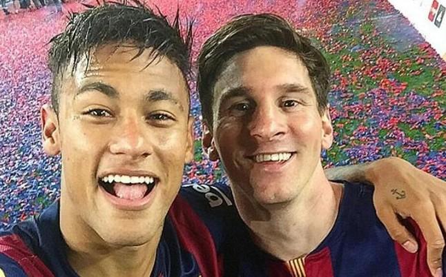 Neymar: Źle jest grać przeciwko Messiemu