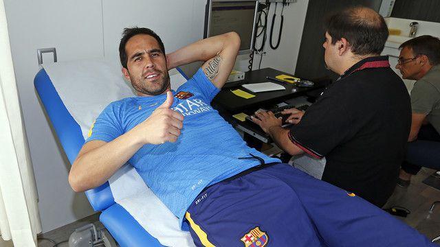 Claudio Bravo przeszedł testy medyczne