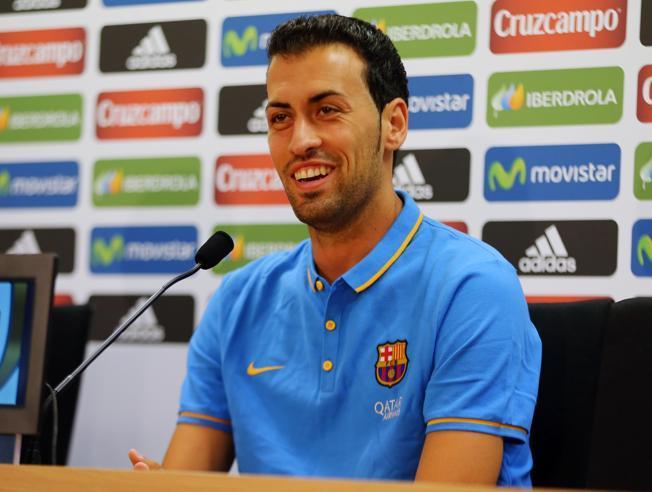 Busquets: Chciałbym, żeby Pedro został