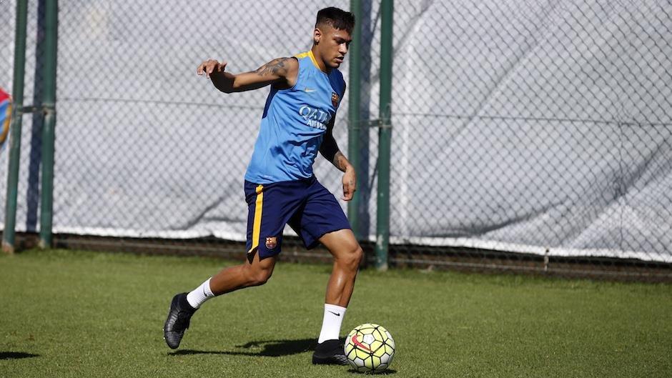 Neymar i Sergi Roberto trenowali pomimo dnia wolnego